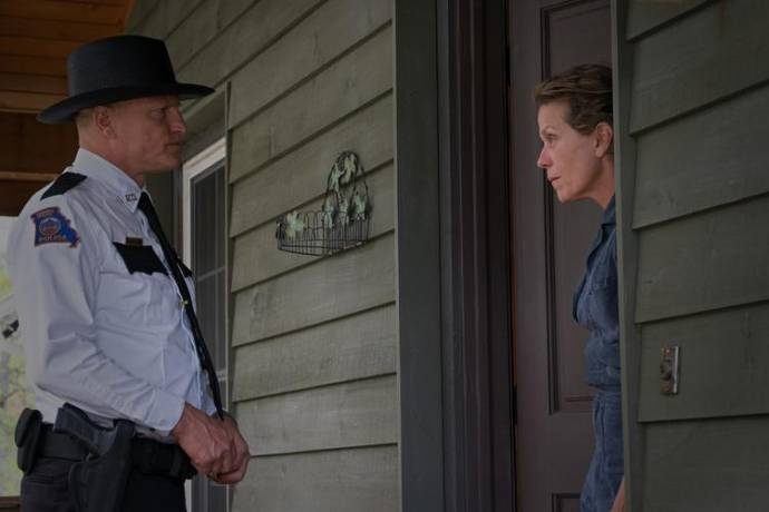 Woody Harrelson (Willoughby) en Frances McDormand (Mildred)