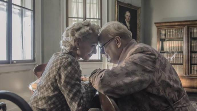 Kristin Scott Thomas (Clementine Churchill) en Gary Oldman (Winston Churchill)