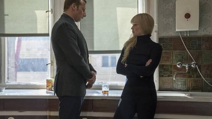 Matthias Schoenaerts (Vanya Egorov) en Jennifer Lawrence (Dominika Egorova)