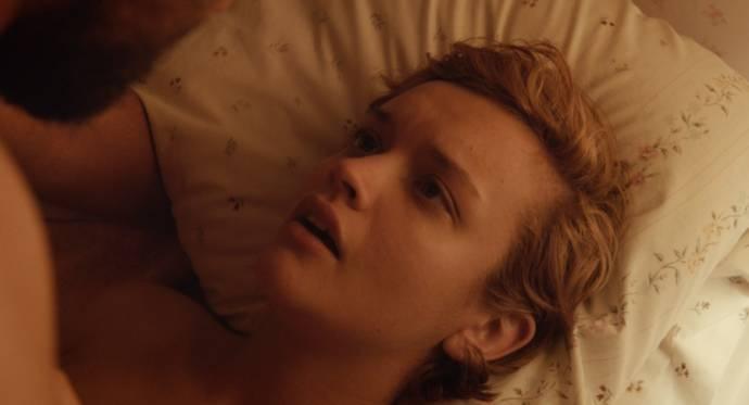 Olivia Cooke (Katie)