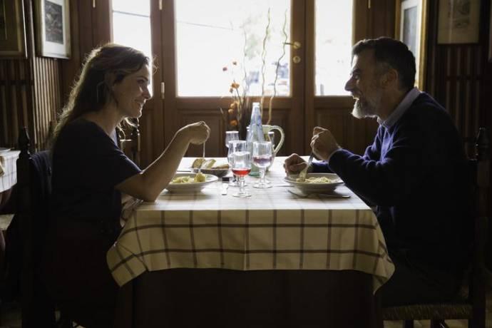 Lucia Mascino (Claudia) en Thomas Trabacchi (Flavio)