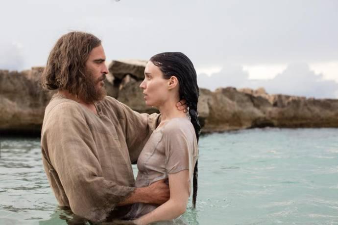 Joaquin Phoenix (Jesus) en Rooney Mara (Mary Magdalene)
