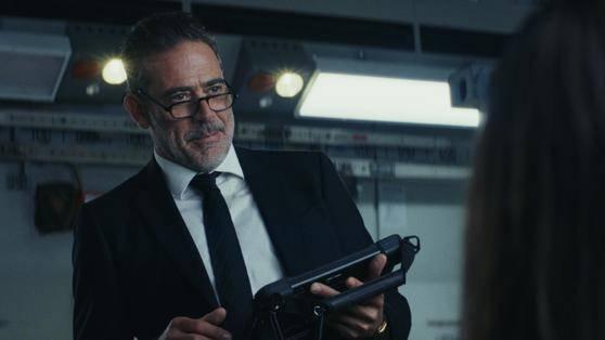Jeffrey Dean Morgan (Agent Russell)