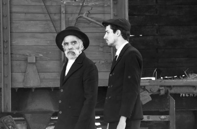 Homecoming (1945) filmstill
