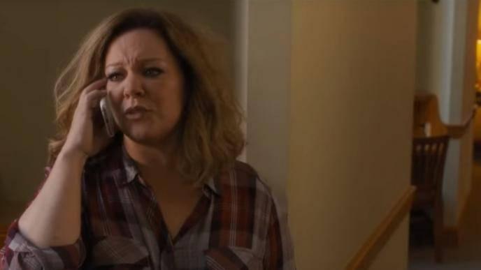 Melissa McCarthy (Deanna)
