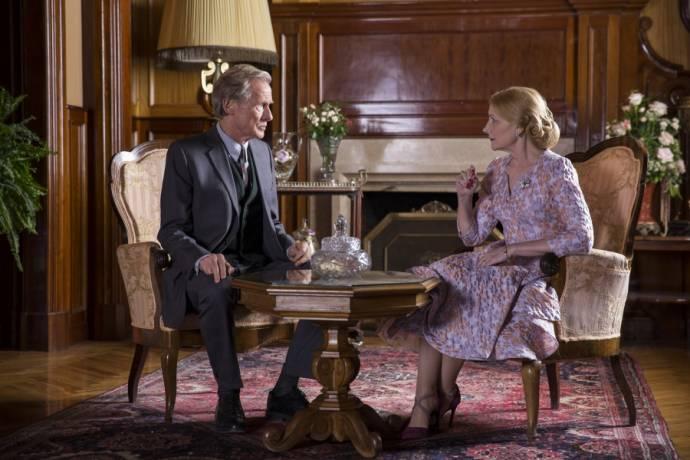 Bill Nighy (Edmund Brundish) en Patricia Clarkson (Violet Gamart)