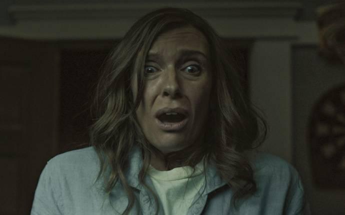 Toni Collette (Annie Graham)