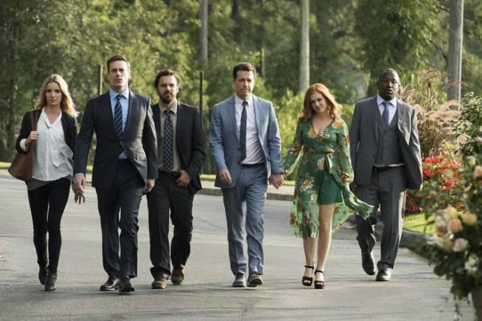 Leslie Bibb (Susan), Jon Hamm (Callahan), Jake M. Johnson (Randy), Ed Helms (Hoagie), Isla Fisher (Anna) en Hannibal Buress (Sable)