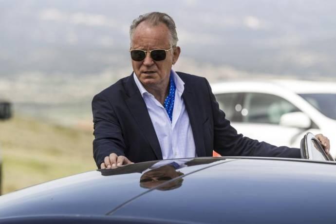 Stellan Skarsgård (The Boss)