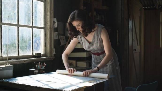Rachel Weisz (Clare Crowhurst)