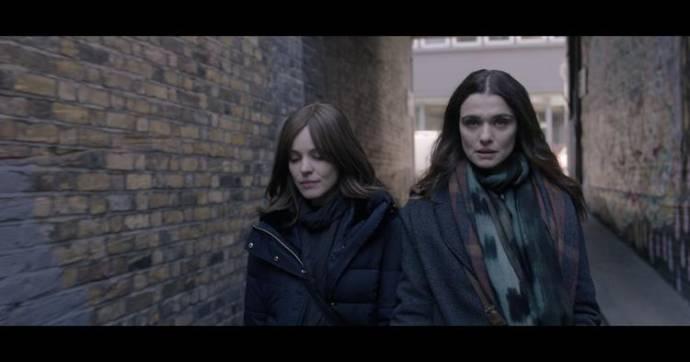 Rachel McAdams (Esti Kuperman) en Rachel Weisz (Ronit Krushka)