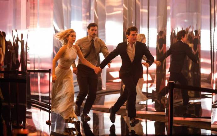 Vanessa Kirby (White Widow), Henry Cavill (August Walker) en Tom Cruise (Ethan Hunt)