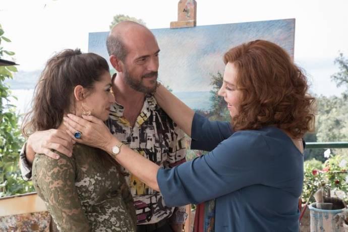 Giulia Michelini (Luana), Gianmarco Tognazzi (Riccardo) en Stefania Sandrelli (Alba)