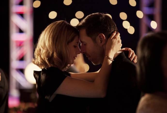 Jodie Whittaker (Emma Burton) en Paddy Considine (Matty Burton)