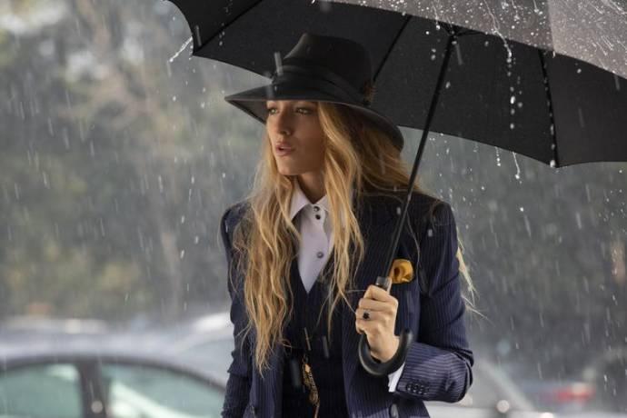 Blake Lively (Emily Nelson)