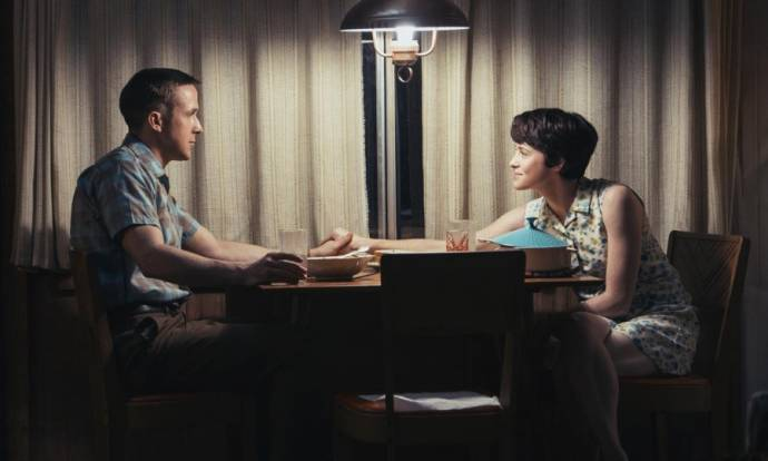 Ryan Gosling (Neil Armstrong) en Claire Foy (Janet Armstrong)
