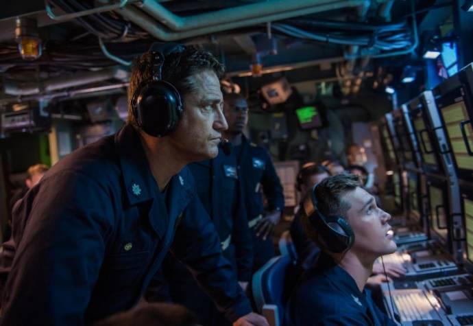 Gerard Butler (Capt. Joe Glass)