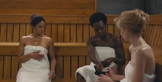 Michelle Rodriguez (Linda), Viola Davis (Veronica) en Elizabeth Debicki (Alice)