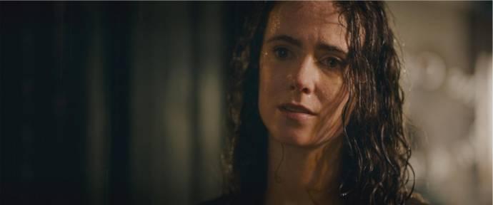 Amy Manson (Fiona)