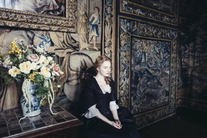 Emma Stone (Abigail)