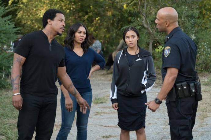 Russell Hornsby (Maverick 'Mav' Carter), Regina Hall (I) (Lisa Carter), Amandla Stenberg (Starr Carter) en Common (Carlos)