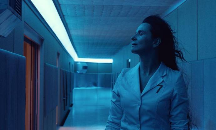Juliette Binoche (Dr. Dibs)