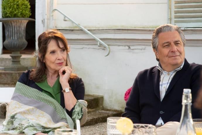 Chantal Lauby (Marie Verneuil) en Christian Clavier (Claude Verneuil)