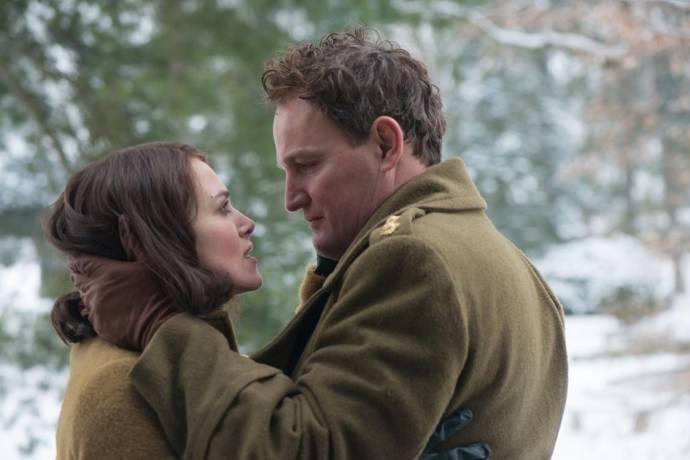 Keira Knightley (Rachael Morgan) en Jason Clarke (Lewis Morgan)