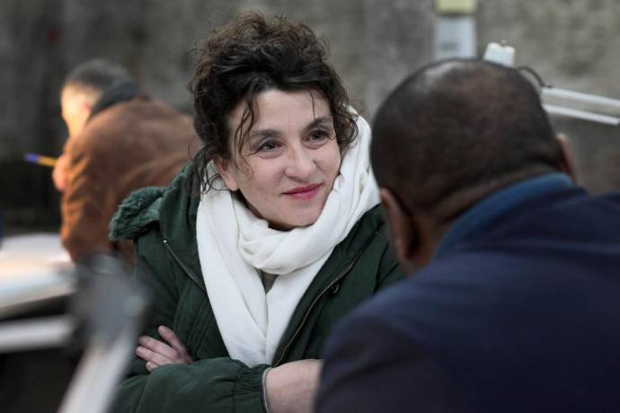 Noémie Lvovsky (Hélène)