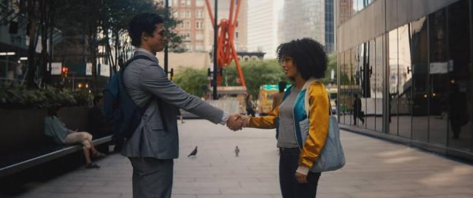 Charles Melton (Daniel Bae) en Yara Shahidi (Natasha Kingsley)