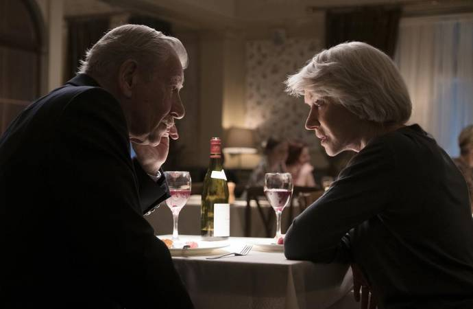 Ian McKellen (Roy Courtnay) en Helen Mirren (Betty McLeish)