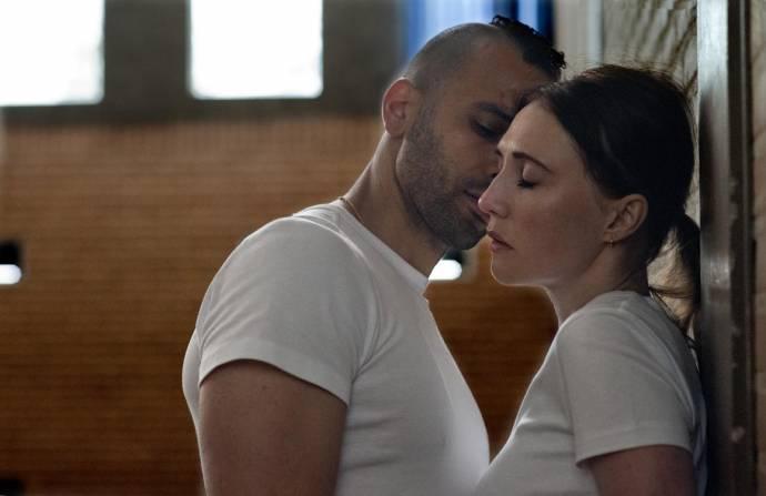 Marwan Kenzari (Idris) en Carice van Houten (Nicoline)