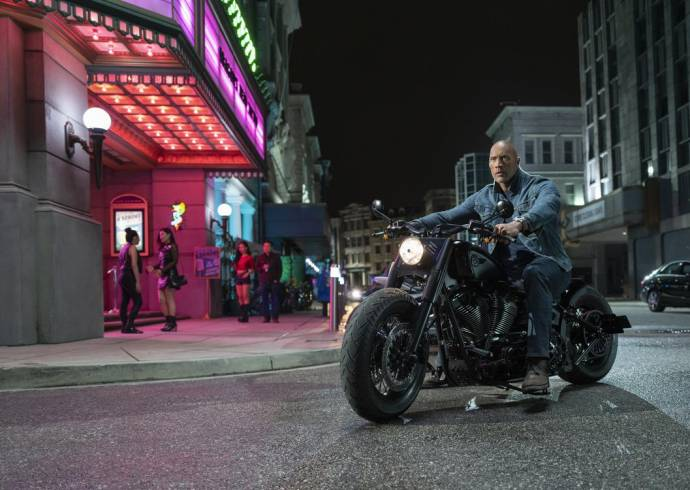 Dwayne Johnson (Hobbs) in Fast & Furious: Hobbs & Shaw