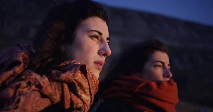 Elena Martín (Berta (as Elena MartÍn)) en Monica Garcia (Mónica)