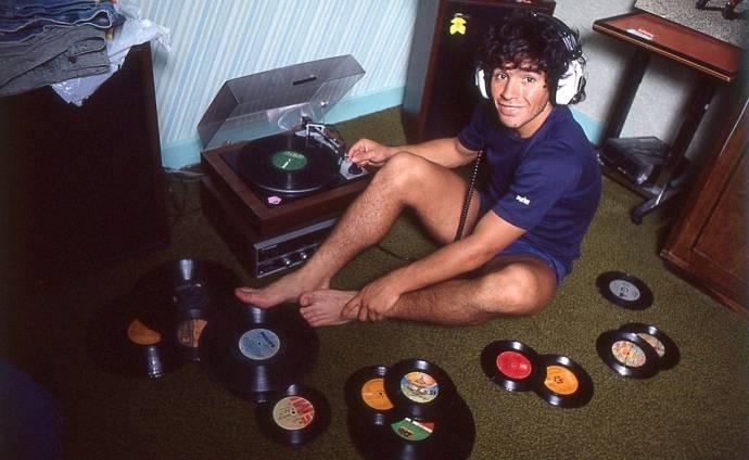Diego Armando Maradona (Zichzelf (as Diego Maradona))