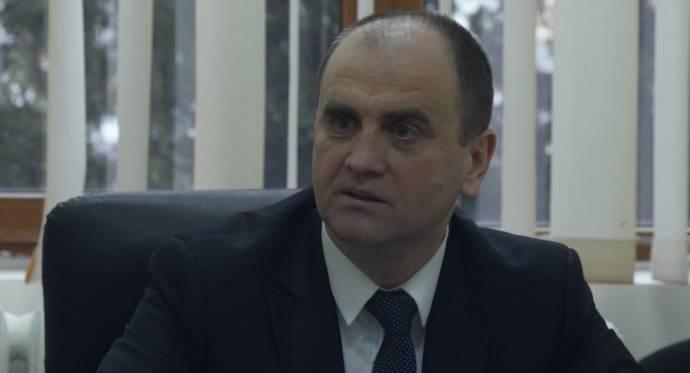 Laurentiu Ginghina (Zichzelf)
