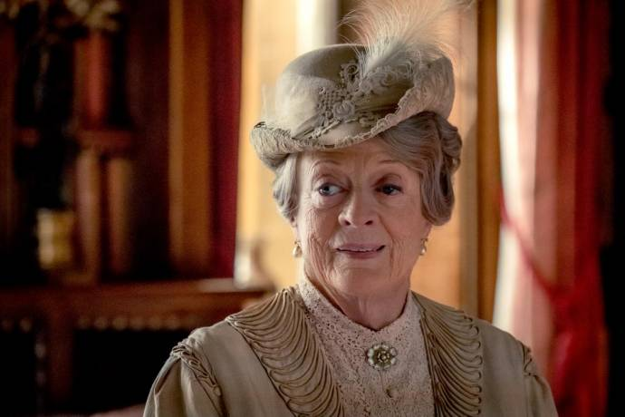 Maggie Smith (Violet Crawley)