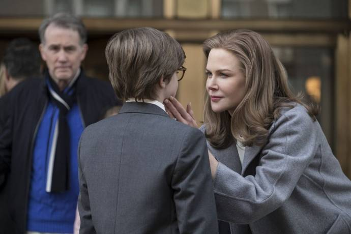 Boyd Gaines (Mr. Barbour), Oakes Fegley (Young Theodore) en Nicole Kidman (Mrs. Barbour)
