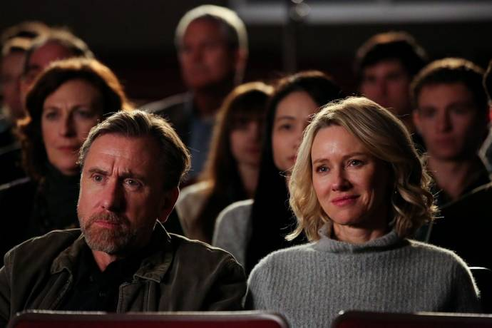 Tim Roth (Peter Edgar) en Naomi Watts (Amy Edgar)