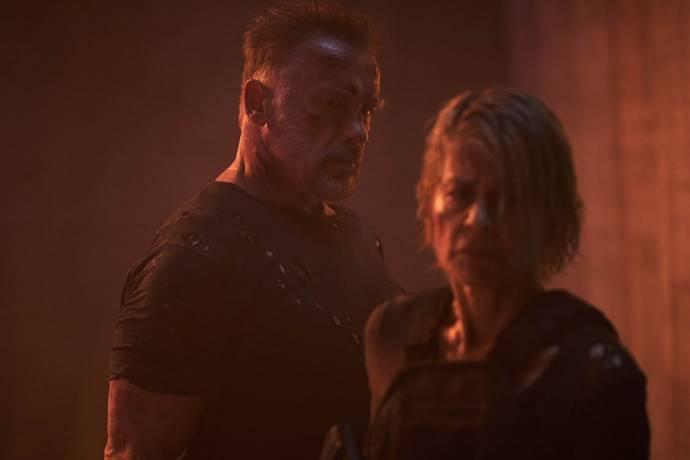 Linda Hamilton (Sarah Connor) en Arnold Schwarzenegger (The Terminator) in Terminator: Dark Fate