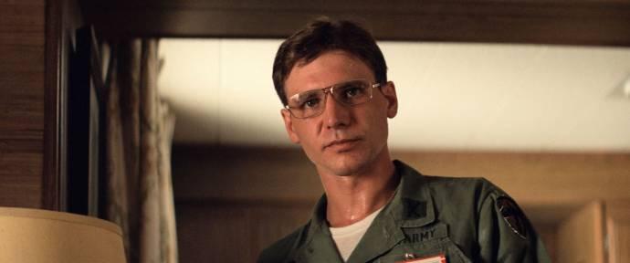 Harrison Ford (Colonel Lucas)