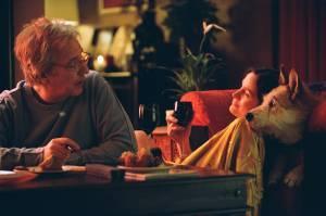 Carrie-Anne Moss (Maggie) en Alan Rickman (Alex Hughes)
