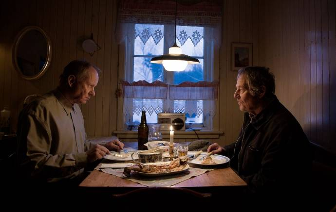 Stellan Skarsgård (Trond) en Bjørn Floberg (Lars)