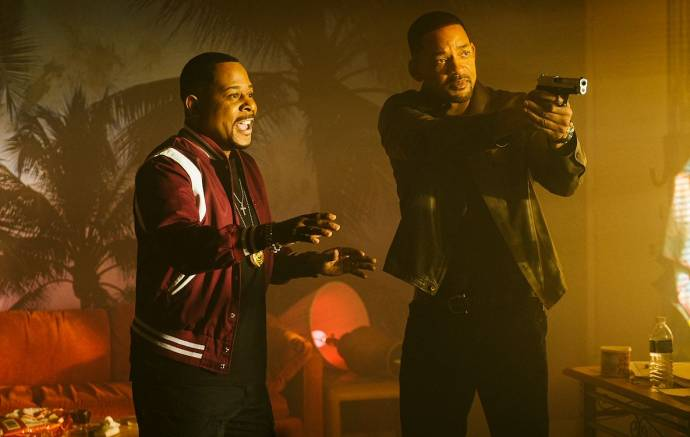Martin Lawrence (Detective Marcus Burnett) en Will Smith (Detective Mike Lowrey)