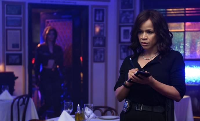 Rosie Perez (Renee Montoya)