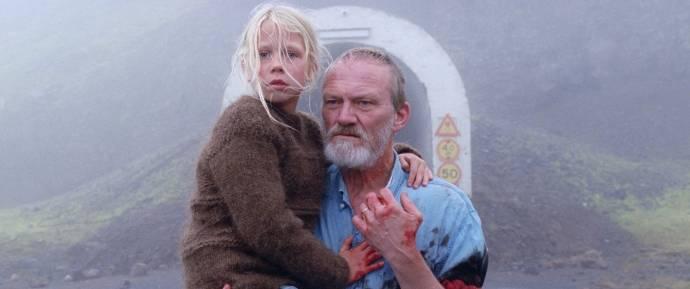 Ída Mekkín Hlynsdóttir (Salka) en Ingvar Eggert Sigurðsson (Ingimundur)