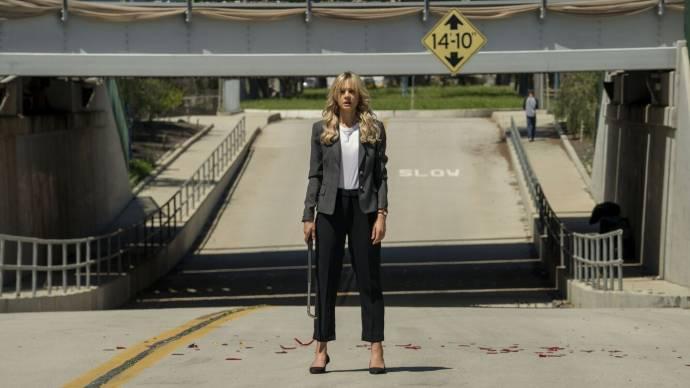 Carey Mulligan (Cassandra Thomas)