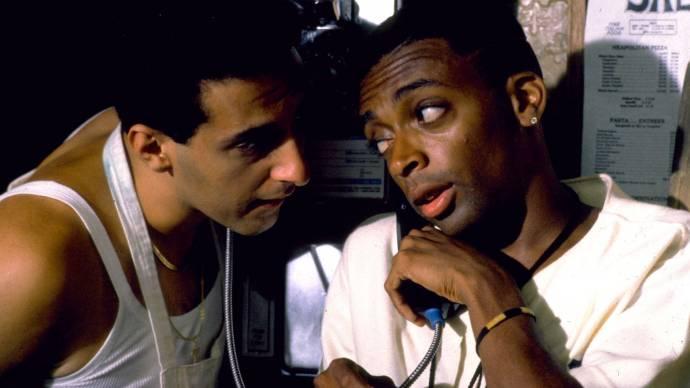 John Turturro (Pino) en Spike Lee (Mookie)
