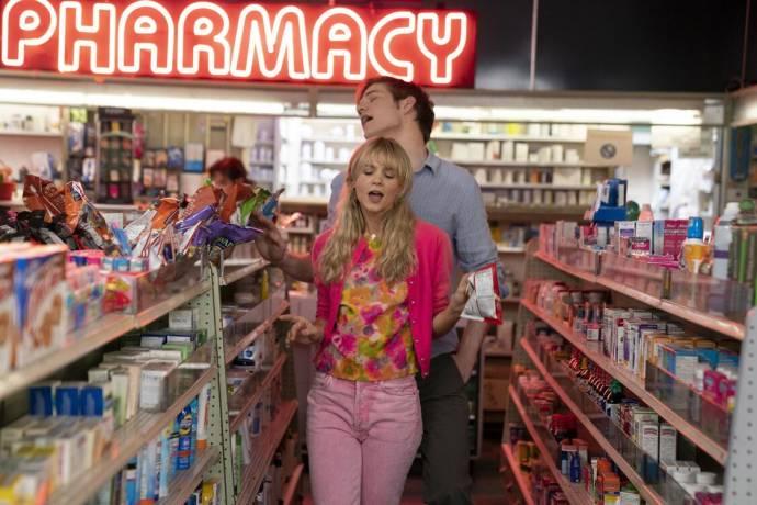Carey Mulligan (Cassandra Thomas) en Bo Burnham (Ryan)