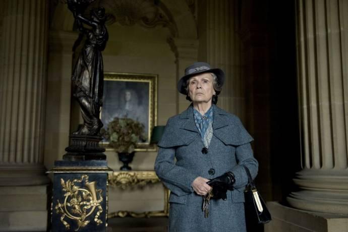 Julie Walters (Mrs. Medlock) in The Secret Garden